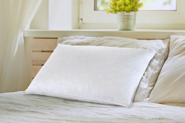 İşbir Yatak - Star Kaz Tüyü Yastık (1)